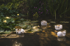 """Wild lilies"", porcelana, 2019r."