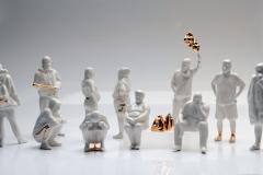 """""""Slavsquad"""", porcelana szkliwiona i złocona,  2020"""
