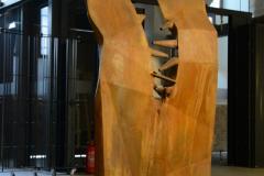 """""""Rozdźwięk"""", metal, audio, 220x110x40 cm, 2014r."""