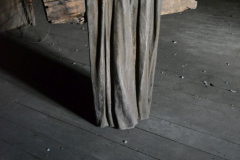 """""""Świadek"""", drewno, żywica, 120x110x40 cm, 2014r."""