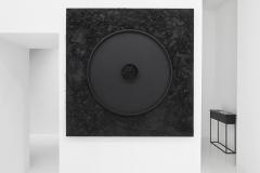 """""""Krąg XCVI"""", technika mieszana na sklejce, 150 x 150 cm, 2020 r., fot. Adam Gut"""